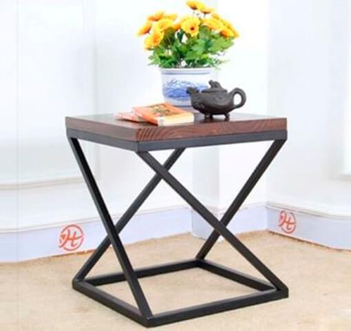 тумбочка-столик