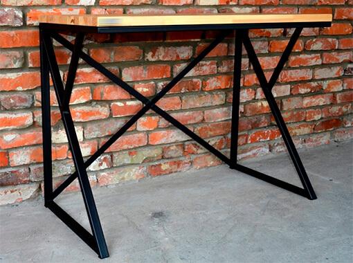 стол на металлокаркасе