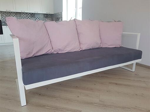 диван металлический