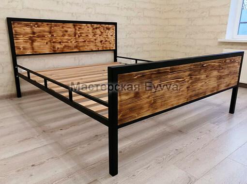 Кровать с натуральным деревом