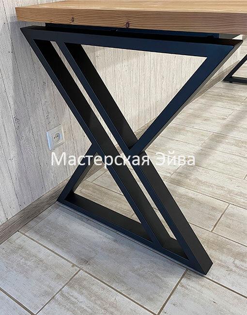 стол на металлическом подстолье